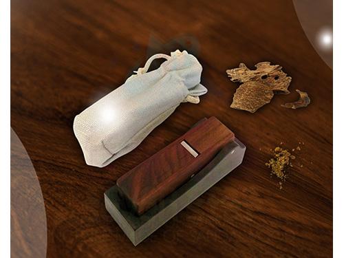 沉香刨刀(含布袋)